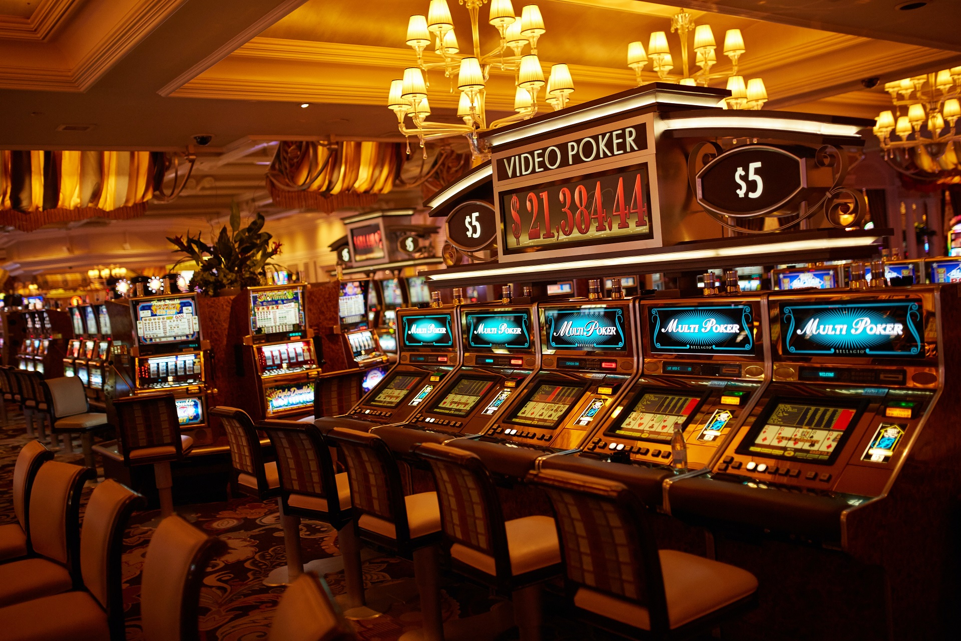 Read These Helpful Tips for Playing Slot Machines